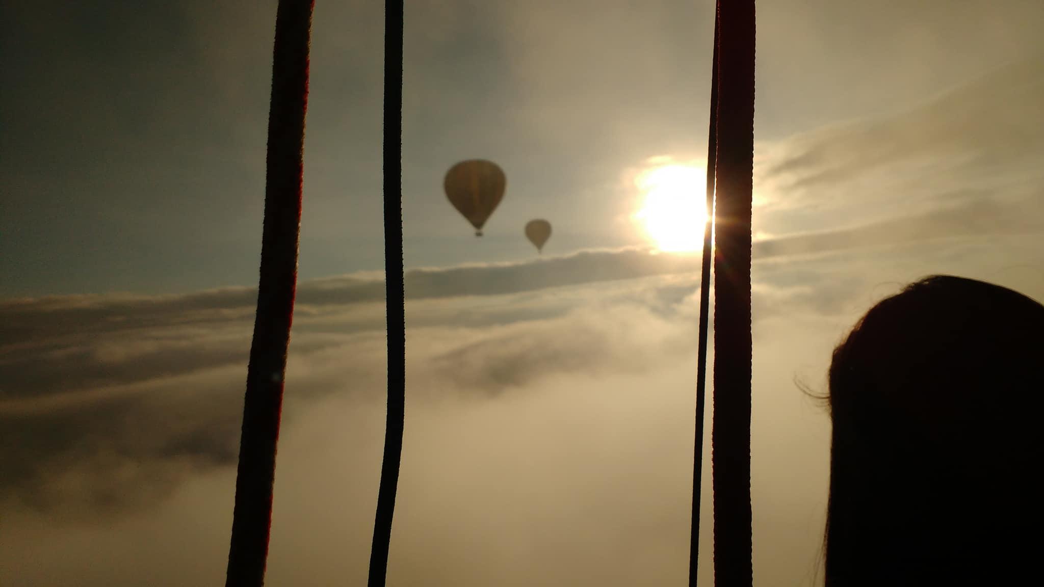 amanecer globos aerostaticos en teotihuacan
